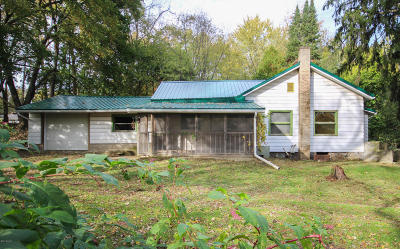 Three Rivers Single Family Home For Sale: 15238 Gleason Road