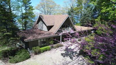 Harbert, Lakeside, New Buffalo, Sawyer, Three Oaks, Union Pier Single Family Home For Sale: 7461 Columbine Drive