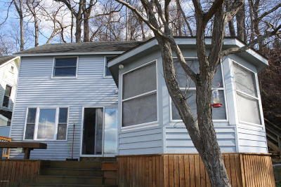 St. Joseph County Single Family Home For Sale: 68584 Hill Street