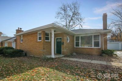 Single Family Home For Sale: 1810 Mayfair Drive NE