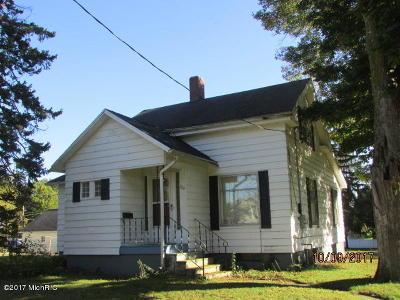 Hillsdale MI Single Family Home For Sale: $89,250