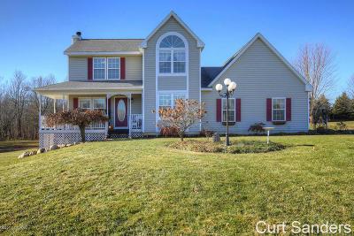 Rockford Single Family Home For Sale: 6820 Sunrise Meadow Drive NE