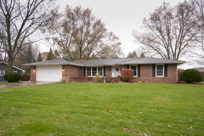 St. Joseph County Single Family Home For Sale: 1200 Independence
