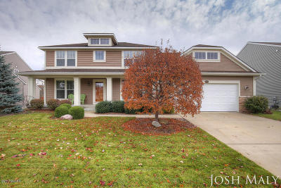 Jenison Single Family Home For Sale: 8546 Twin Lakes