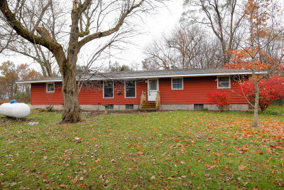 Van Buren County Single Family Home For Sale: 28092 M-40