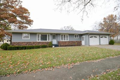 Harbert, Lakeside, New Buffalo, Sawyer, Three Oaks, Union Pier Single Family Home For Sale: 520 W Michigan