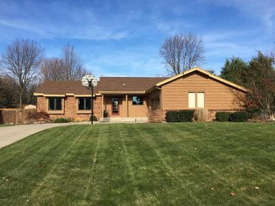 Single Family Home For Sale: 7047 Magnolia Drive