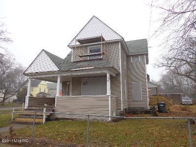 Kalamazoo Multi Family Home For Sale: 1403 Sherwood Avenue