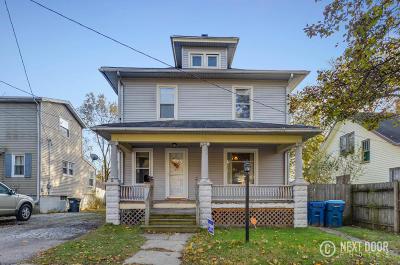 Kalamazoo Single Family Home For Sale: 824 Franklin Street