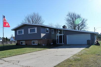 Muskegon Single Family Home For Sale: 2801 E Bard Road