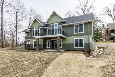 Sturgis MI Single Family Home For Sale: $695,000