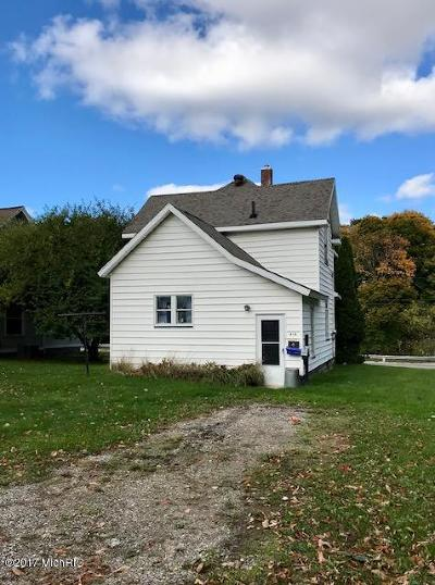 Scottville Single Family Home Active Contingent: 414 E State