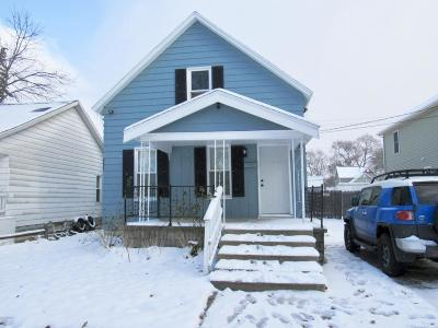Grand Rapids Single Family Home For Sale: 1022 Garfield Avenue NW