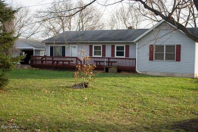 Single Family Home For Sale: 8600 76th Street SE
