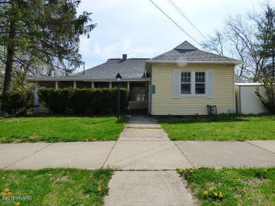 Niles MI Single Family Home Active Backup: $130,750