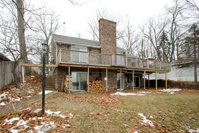 Single Family Home For Sale: 7191 Norwood Drive