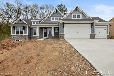 Single Family Home For Sale: 6250 Boulder Ridge NE