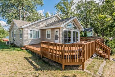 Single Family Home For Sale: 69897 Sunset Boulevard