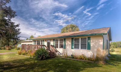Single Family Home For Sale: 16405 110th Avenue