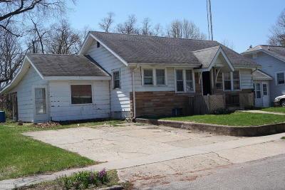 Niles Single Family Home For Sale: 824 Burns