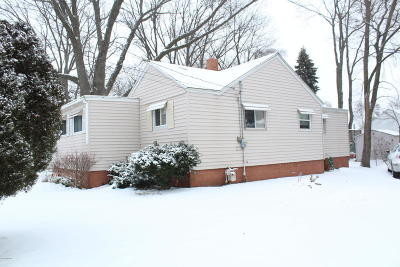 Muskegon Single Family Home For Sale: 2238 Beidler Street