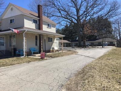 Branch County, Hillsdale County Multi Family Home For Sale: 265 Division Street