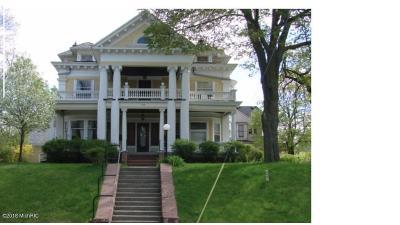 Grand Rapids Multi Family Home For Sale: 630 Madison Avenue SE