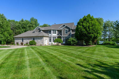 Kalamazoo County Single Family Home For Sale: 5046 Forest River Way