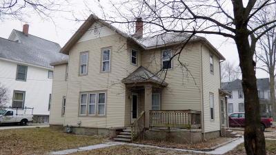 Dowagiac Single Family Home For Sale: 110 Spruce Street
