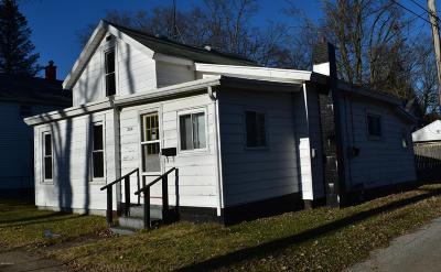 Dowagiac Single Family Home For Sale: 204 W High Street