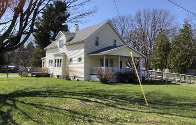 Manistee County Single Family Home For Sale: 3284 Oak Street