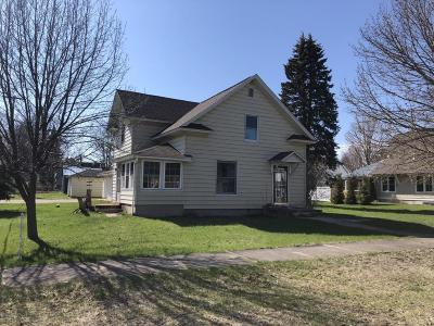 Manistee County Single Family Home For Sale: 17186 Fifth
