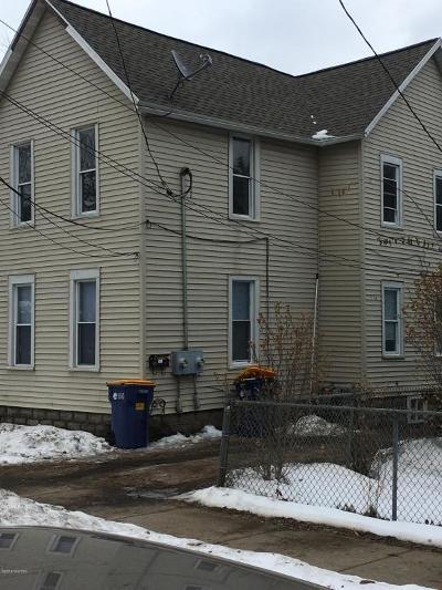 Grand Rapids MI Multi Family Home For Sale: $124,900