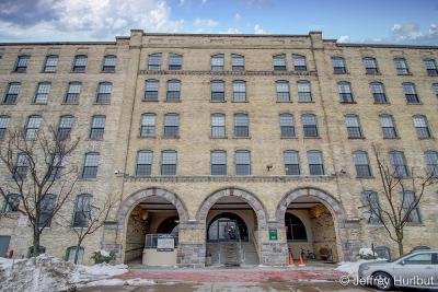 Grand Rapids Condo/Townhouse For Sale: 940 Monroe Avenue #336