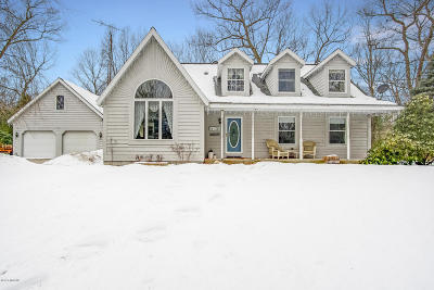 Muskegon Single Family Home For Sale: 2065 N Peterson Road