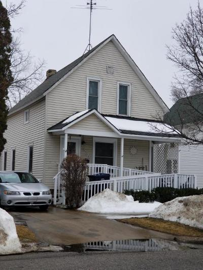 Holland Single Family Home For Sale: 356 College Avenue