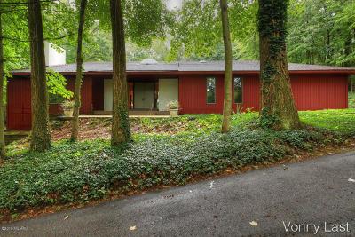 Grand Rapids Single Family Home For Sale: 333-337 Grand River Drive NE