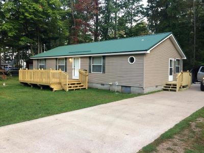 Evart MI Single Family Home Active Contingent: $89,500
