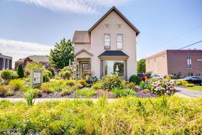 Grand Haven, Spring Lake Multi Family Home For Sale: 320 Columbus Avenue