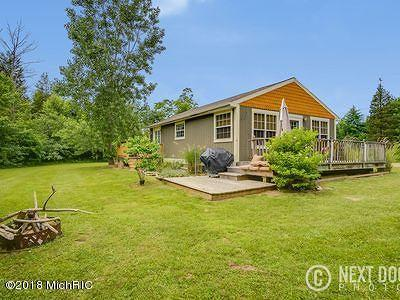 Allegan County Single Family Home For Sale: 7216 Orchard Road