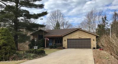 Saugatuck Single Family Home For Sale: 3538 Sharon Lane