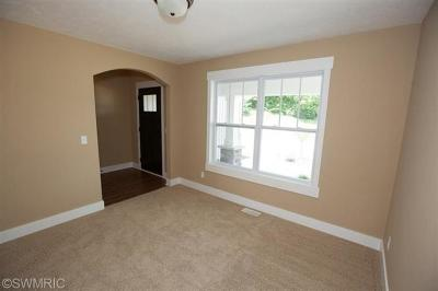 Caledonia Single Family Home For Sale: 8541 Song Sparrow