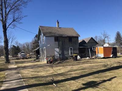 Bangor Single Family Home For Sale: 310 W W Cass