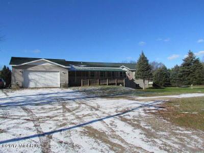 Sparta MI Single Family Home For Sale: $194,900