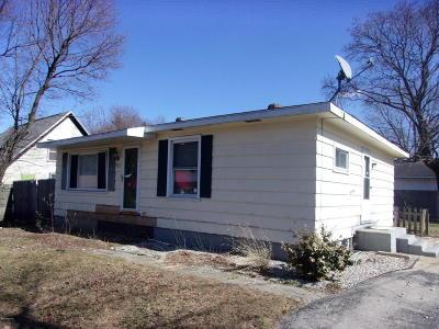 Benton Harbor Single Family Home For Sale: 527 4th Street