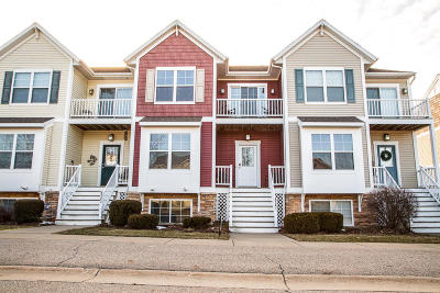 Kentwood Condo/Townhouse For Sale: 4341 Stratton Boulevard #33