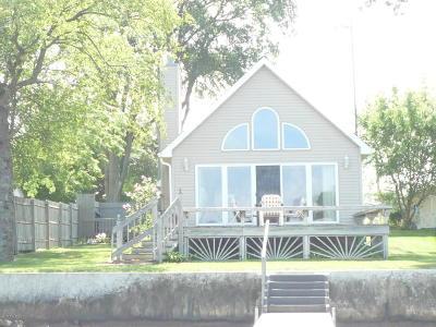 Bronson Single Family Home For Sale: 318 Lloyd Lane