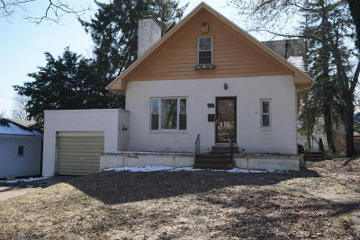 Niles Single Family Home For Sale: 516 W Main