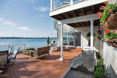 Single Family Home For Sale: 119 Sunnyside Drive