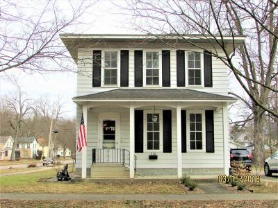 Single Family Home Sale Pending: 536 Hubbard Street